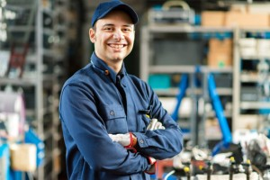 4 Signs That Now is the Time to Invest in New Employee Uniforms for Your TeamCan Make a Difference for Your Business